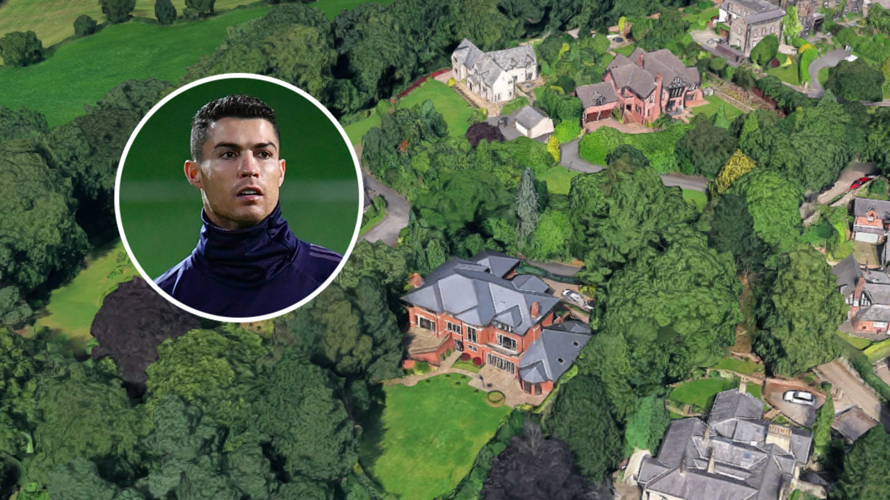 ronaldo menjual rumah